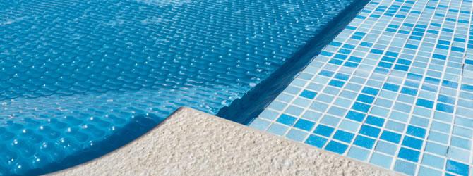 Warmtepomp voor zwembad te verwarmen prijs tips advies for Zwembad afdekzeil